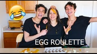 FUNNY EGG ROULETTE CHALLENGE! w/ mom