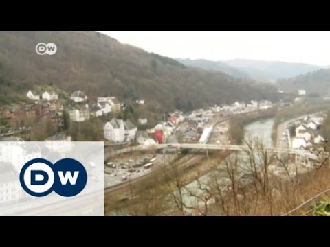 Altena leads by example in refugee crisis | DW News