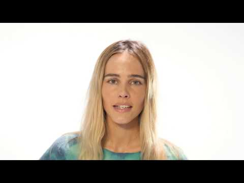 Isabel Lucas speaks out against dolphin captivity.