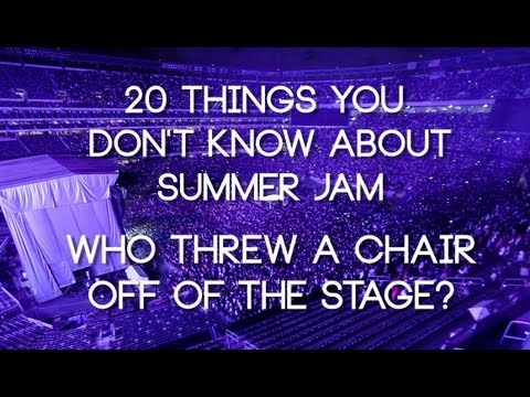 Which artist threw a chair into the crowd at Summer Jam?
