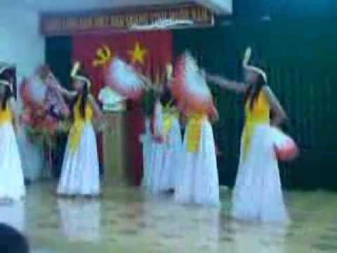 Nổi trống lên các bạn ơi- Lớp 8/5 2012-2013 THCS Nguyễn Bỉnh Khiêm BH-ĐN