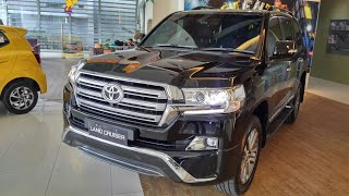 In Depth Tour Toyota Land Cruiser J200 VX-R 2nd Facelift - Indonesia