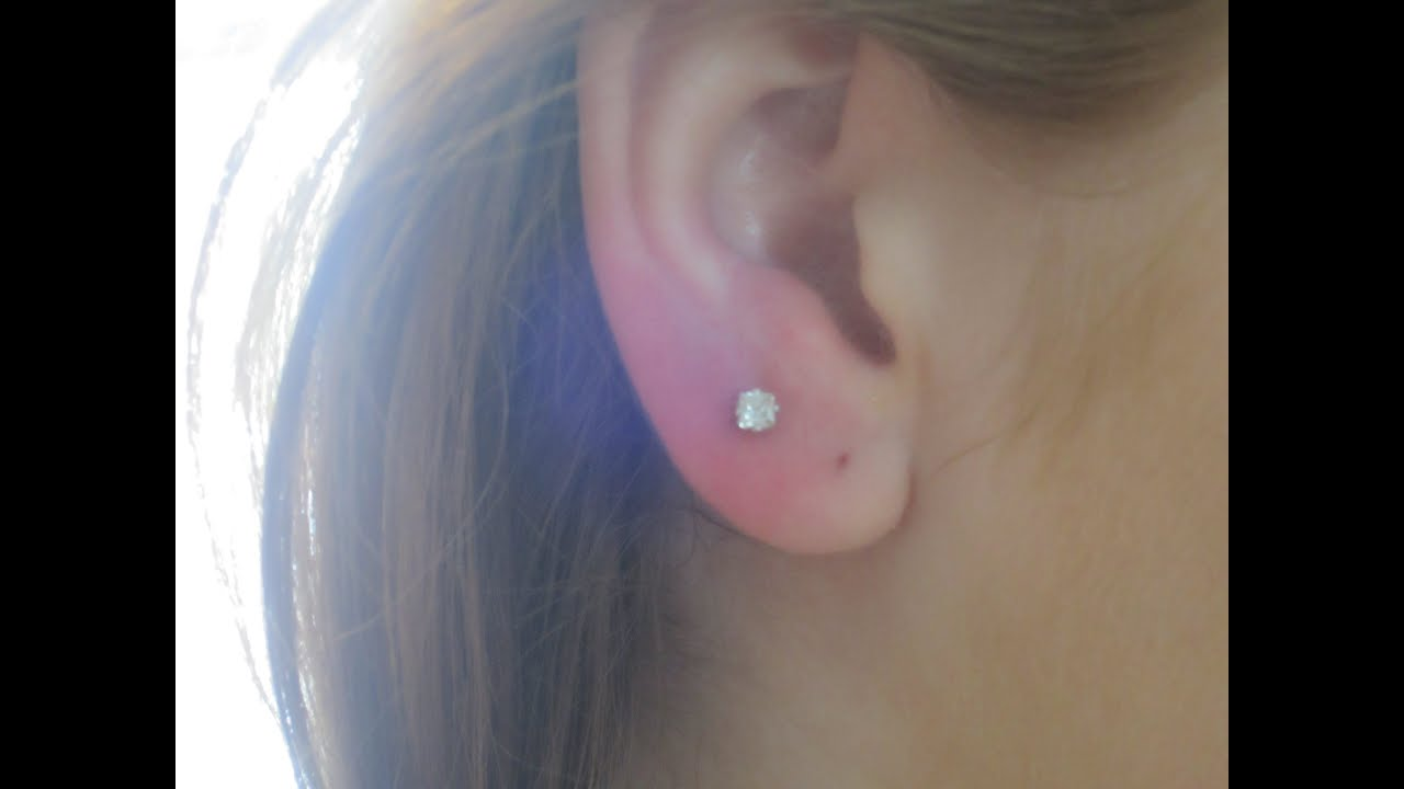 Is it possible to pierce ears to a child, and when is it better to do 3