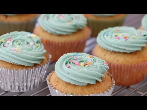 Triple Layer Lemon Meringue Cake Recipe Cupcake Jemma