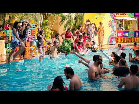 Pool party wedding shoot || Mike Manwani Photography || #wedding #poolparty