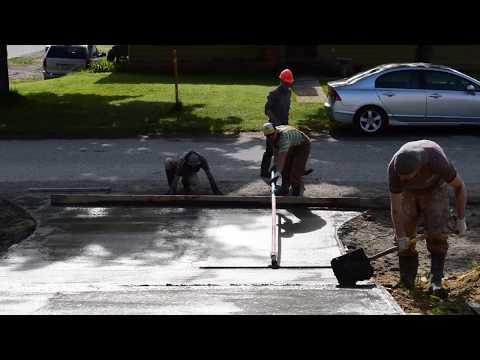 Concrete driveway pouring process march 2014 doovi for Pouring your own concrete driveway