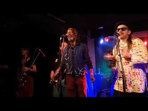 J&J DAY - Roots Cafe W Klubie U Bulka!