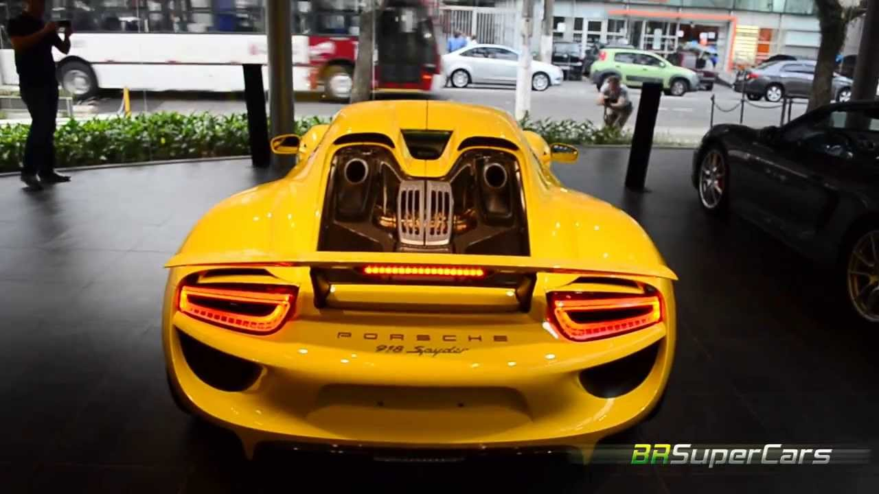 porsche 918 spyder no brasil start up rev youtube. Black Bedroom Furniture Sets. Home Design Ideas