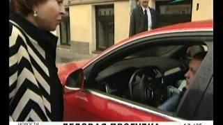 Губернатор Санкт-Петербурга гуляє по місту