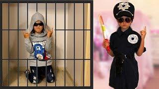 Masha and Papa play with police