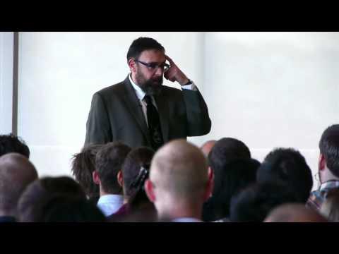 "Mike Monteiro - ""Fuck you pay me"" (PT Br)"