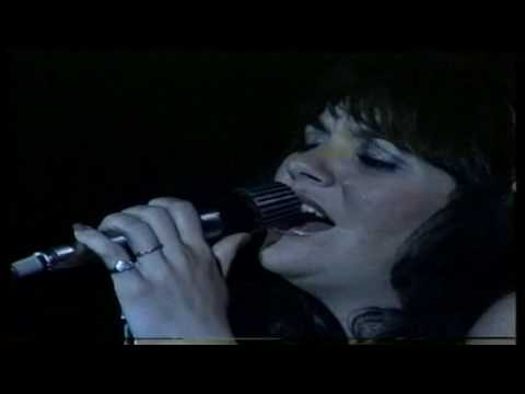 Linda Ronstadt - Crazy (1976) Offenbach, Germany