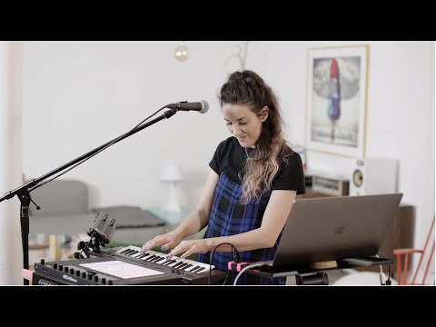 "<span class=""title"">Made in Ableton Live: Rachel K Collier on live looping, organizing Live Sets and more</span>"