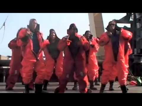 Survival Suit Dance Crew Debut