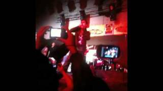 """""""Nuevo imperio"""" Regulo Caro Desde El Potrero Night Club 2011"""