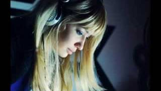 Dj Layla Feat. Dee-Dee - City of Sleeping Hearts.flv