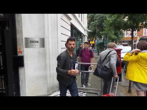 Dominic Cooper at BBC Radio 2 London 19 08 2016 (2)
