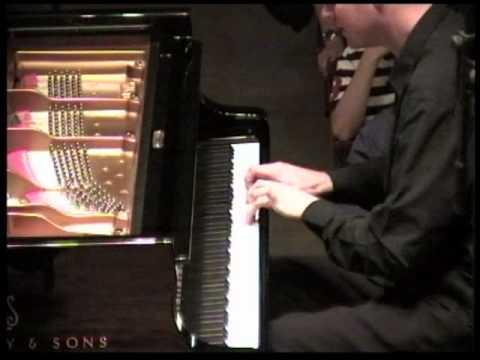 Alexey Lebedev - Mozart Concerto no. 13 KV 415 (1mvt. part 1)