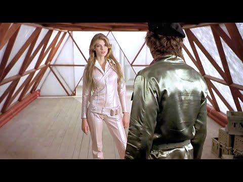 一部小众科幻电影,出自科波拉之子,观众却只记住了女主的惊人美貌!