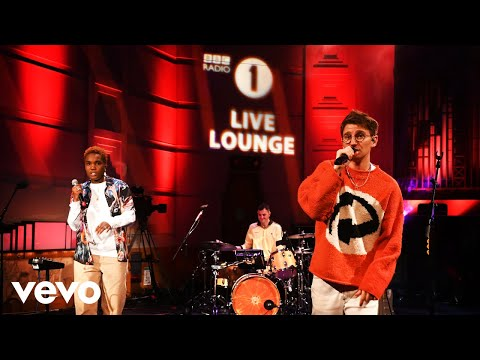Glass Animals - Tangerine in the Live lounge ft. Arlo Parks