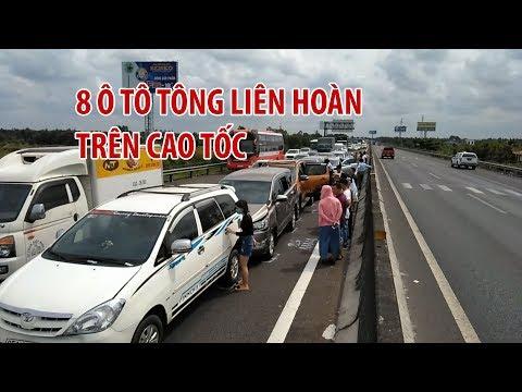8 ô tô tông liên hoàn, cao tốc TP HCM – Trung Lương kẹt cứng ngày nghỉ lễ