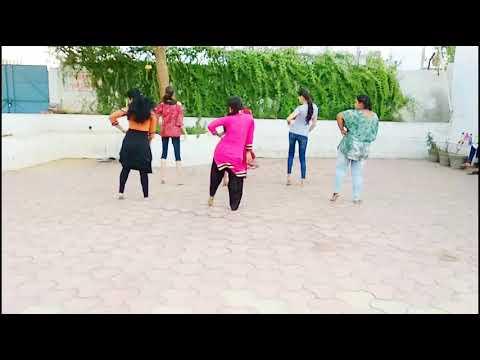 Gal Ban Gayi Dance (feat. Sukhbir, Neha Kakkar & Yo Yo Honey Singh)