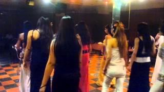 Repeat youtube video بنات الباشا مجتمعين في رقصة جماعية