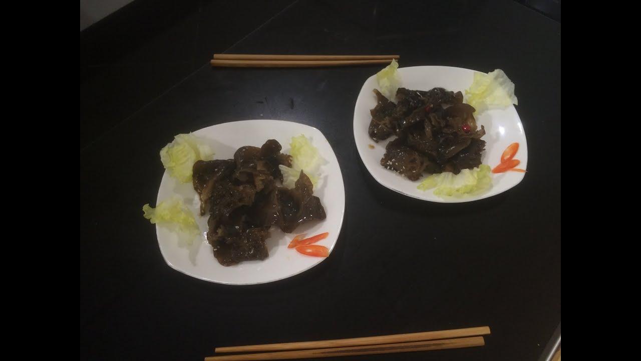 Черный древесный гриб муэр ( древесные ушки или иудино ухо )