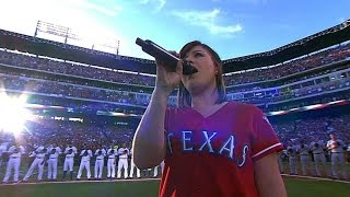 Kelly Clarkson performs the national anthem in Texas