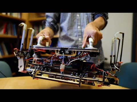 Stanford engineers design a robotic gripper for cleaning up space debris