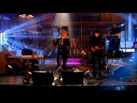 Mark Ronson - Stop Me (Transmission Live 2007)