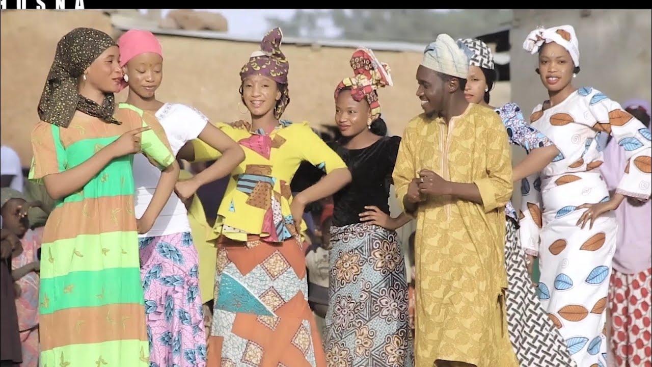 Download Husna - Sabuwar Waka Musty Fashion and Yanmatan) Dandali Video