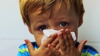 видео Быстрое лечение насморка у детей народными средствами