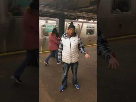 Unchained Melody by Mike Yung Live In The Subway
