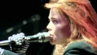 Watch Belinda Carlisle Nobody Owns Me video