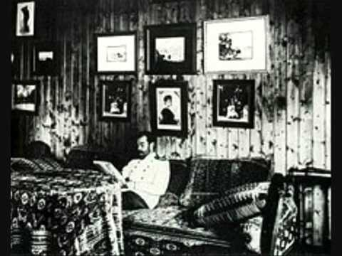 decline fall romanov dynasty essay The decline and fall of the romanov dynasty essay by ulyanov the decline and fall of the romanov dynasty this paper explores the fall of the romanov dynasty and the reasons for its collapse.
