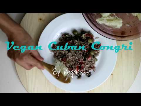 Vegan Cuban Congris Aka moors and Christians, Black Beans and Rice