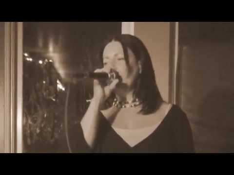 Mercedes Benz Karaoke