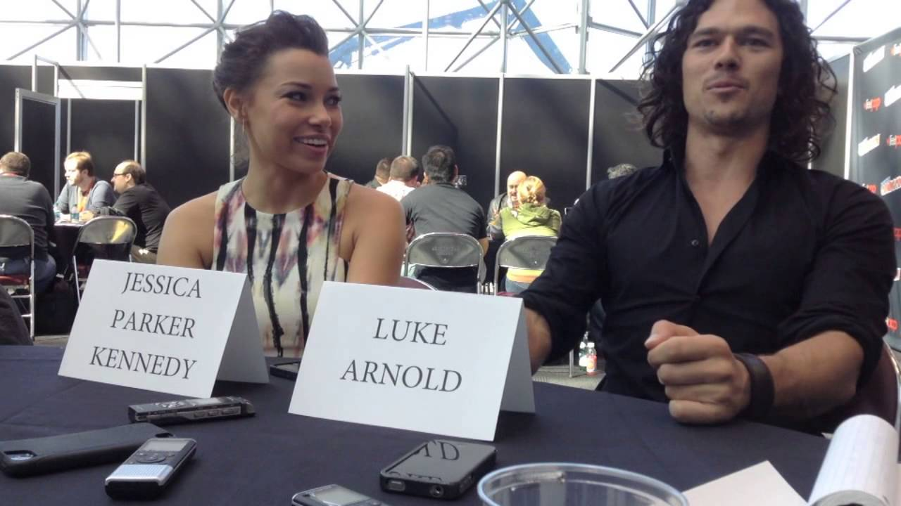 Jessica Parker Kennedy and Luke Arnold Discuss Their BLACK ...