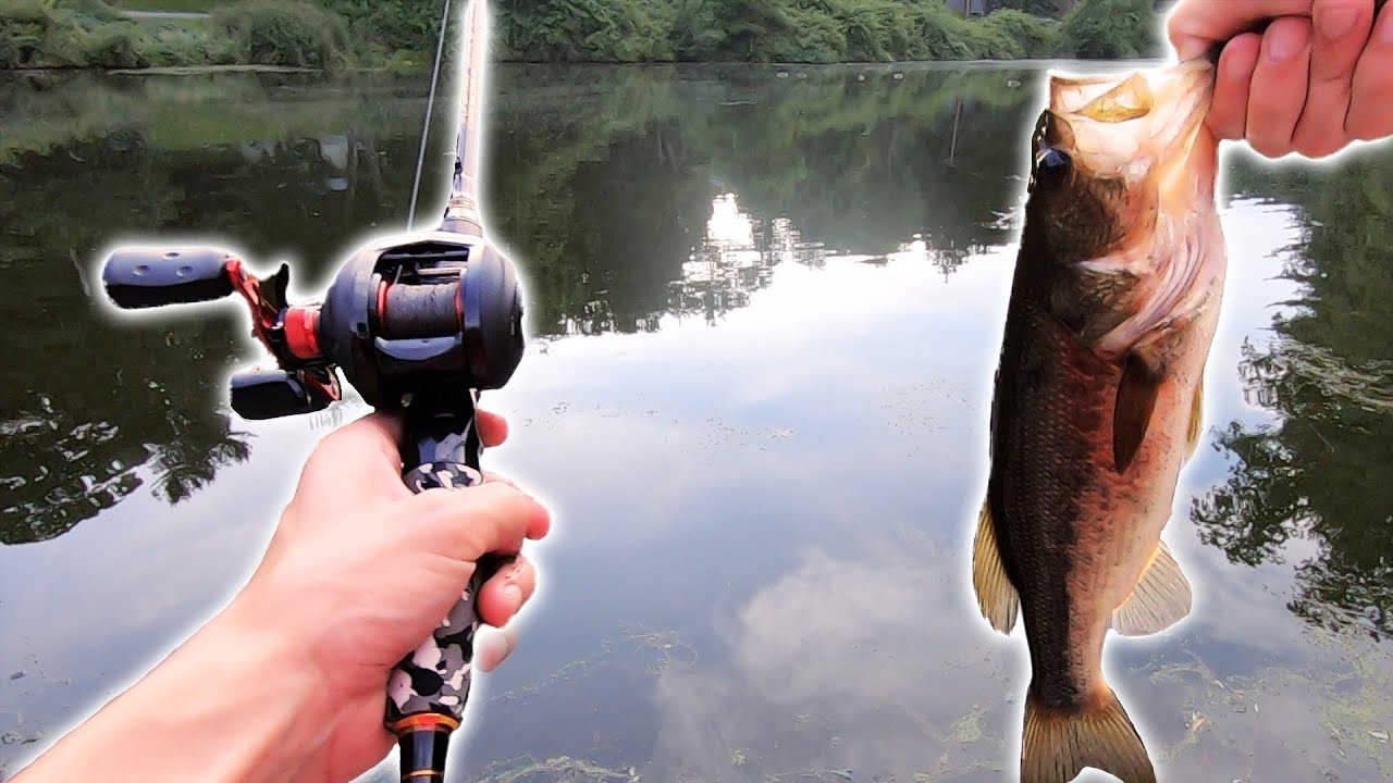 Medium and Medium Heavy Portable Fishing Pole Baitcaster GUODLIN Camo Legend 2-Piece Casting Rod Carbon Fiber Baitcasting Fishing Rod with 2 Tips
