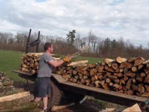 Chargement bois de chauffage sur un semi youtube - Bois de chauffage peuplier ...