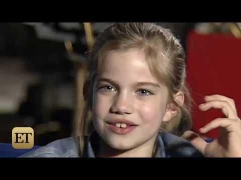 Anna Chlumsky and Macaulay Culkin on Set Of My Girl 1991