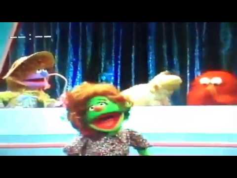 30+ Sesame Street Elmo's Sing Along Guessing Game Wallpapers