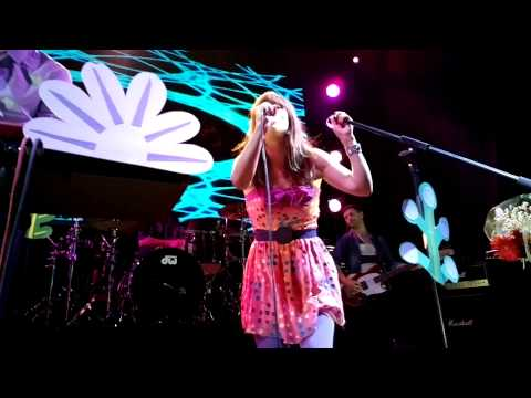 """Lenka - """"Trouble Is A Friend"""" - Live In Moscow 02.09.2013"""