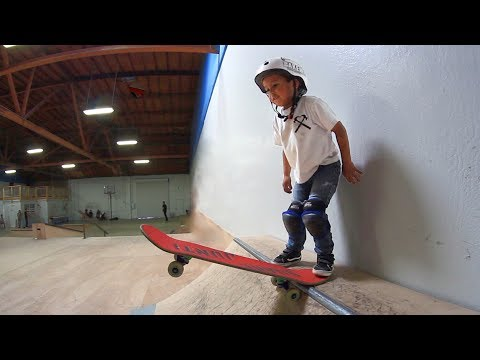 3 YEAR OLD SKATEBOARDER!