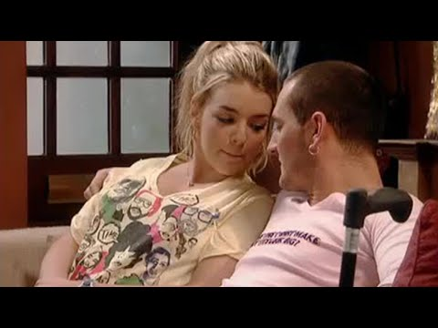 Janet and Gaz kiss - Two Pints of Lager... - BBC