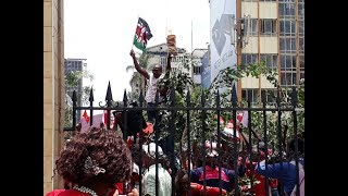 Jubilee Supporters stage demonstration against Supreme Court Judges