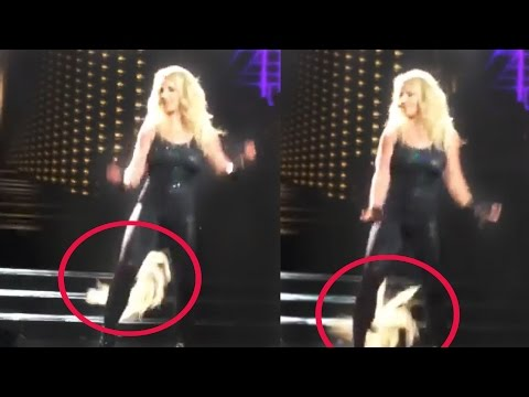 Britney Spears' Hair Extensions Fall Out on Stage | Hollyscoop News