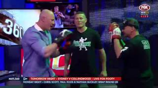 Bazza Hall boxing on AFL 360