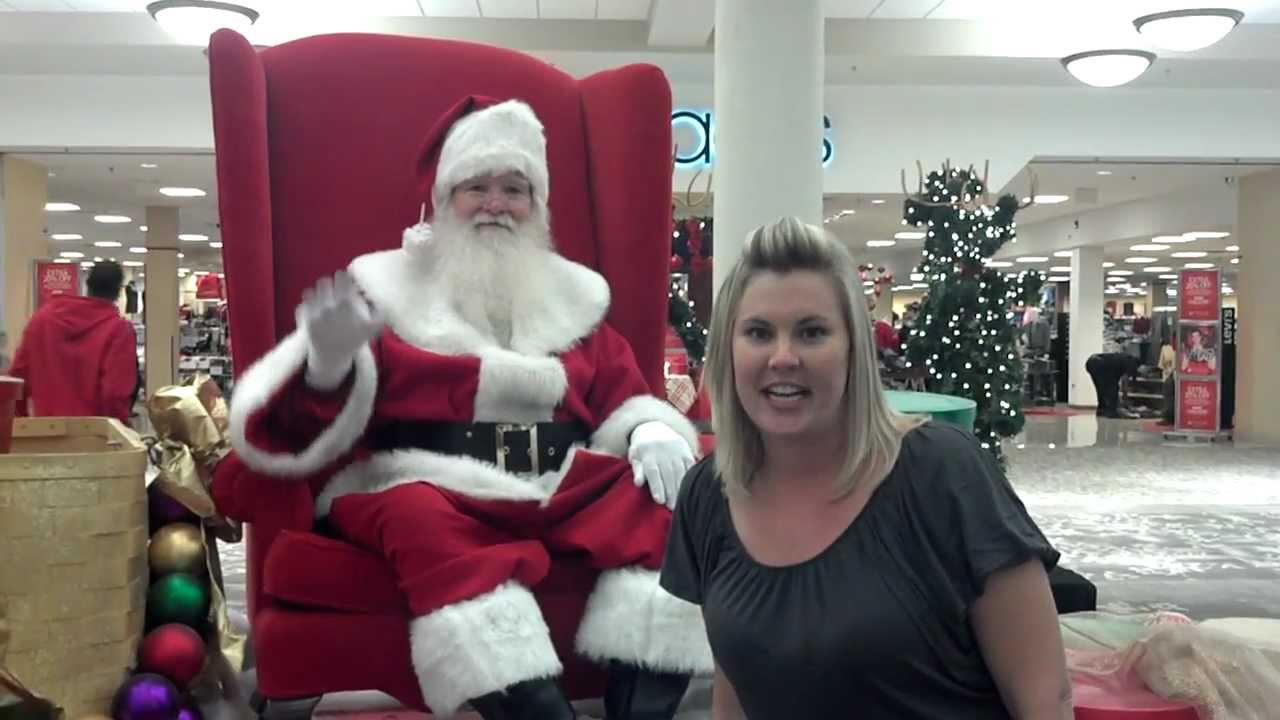 a creative story about a mall santa clause New reservation fees to see santa claus at woodfield mall part of larger trend of elaborate holiday experiences santa comes to a mall near you — for.